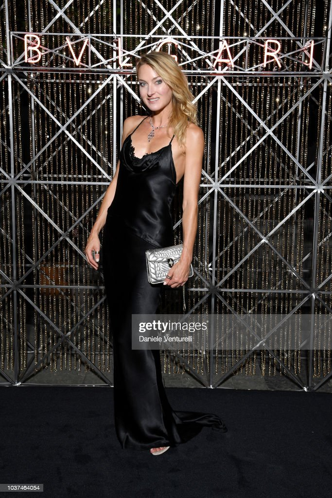 https://media.gettyimages.com/photos/lilly-zu-sayn-wittgenstein-is-seen-at-the-bulgari-milan-ss-2019-on-picture-id1037464054