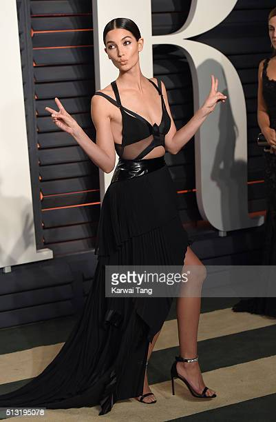 Lily Aldridge attends the 2016 Vanity Fair Oscar Party Hosted By Graydon Carter at Wallis Annenberg Center for the Performing Arts on February 28,...