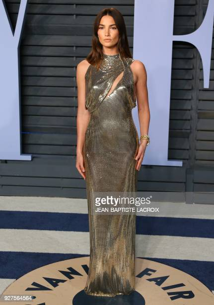 Lily Aldridge attends the 2018 Vanity Fair Oscar Party following the 90th Academy Awards at The Wallis Annenberg Center for the Performing Arts in...