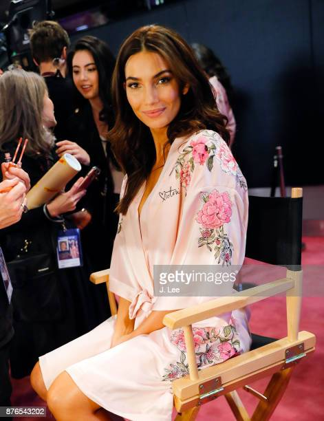 Lily Aldridge does hair and makeup backstage for Victoria's Secret Fashion show on November 20 2017 in Shanghai China
