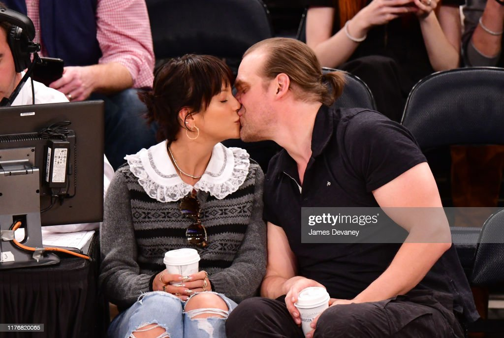 Celebrities Attend New York Knicks v New Orleans Pelicans Game : ニュース写真