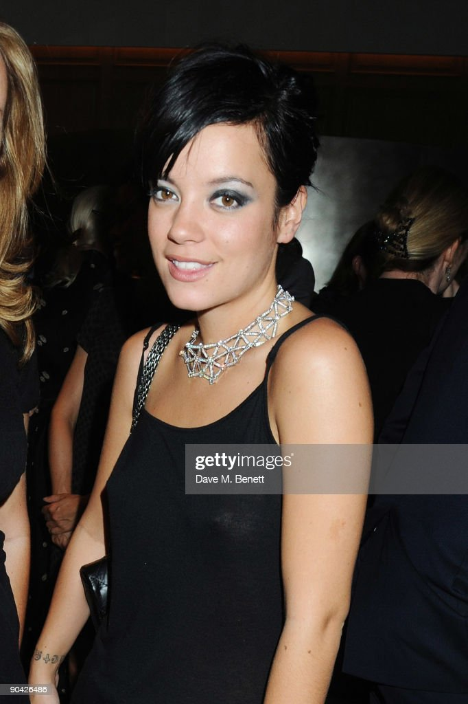 Lily Allen attends the Harper's Bazaar Women Of The Year Awards at The Dorchester on September 7, 2009 in London, England.