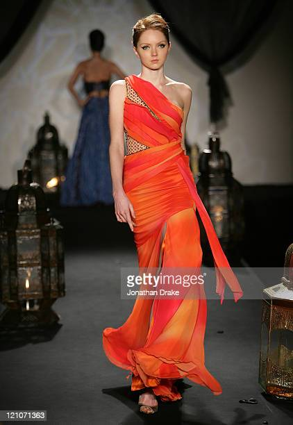 Lily Cole wearing Ashley Isham Spring/Summer 2006 during Singapore Fashion Festival 2006 - Ashley Isham Presented by Mercedes-Benz - Runway at The...