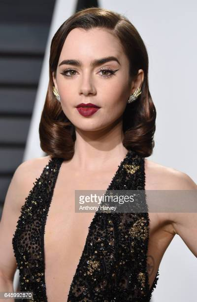 Lily Collins Attends The 2017 Vanity Fair Oscar Party Hosted By Graydon Carter At Wallis Annenberg