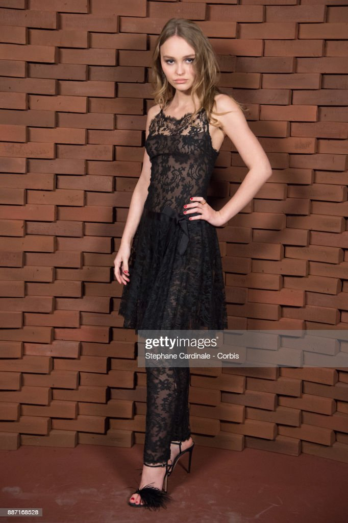 Lily Rose Depp attends the Chanel - Collection Metiers d'Art Paris Hamburg 2017/18 on December 6, 2017 in Hamburg, Germany.