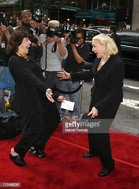 "Lily Tomlin and Lauren Bacall during ""A Prairie Home Companion"" New York Premiere - Arrivals at DGA Movie Theatre in New York City, New York, United..."