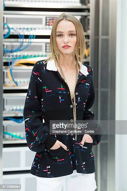Lily-Rose Depp attends the Chanel show as part of the Paris Fashion Week Womenswear Spring/Summer 2017 on October 4, 2016 in Paris, France.
