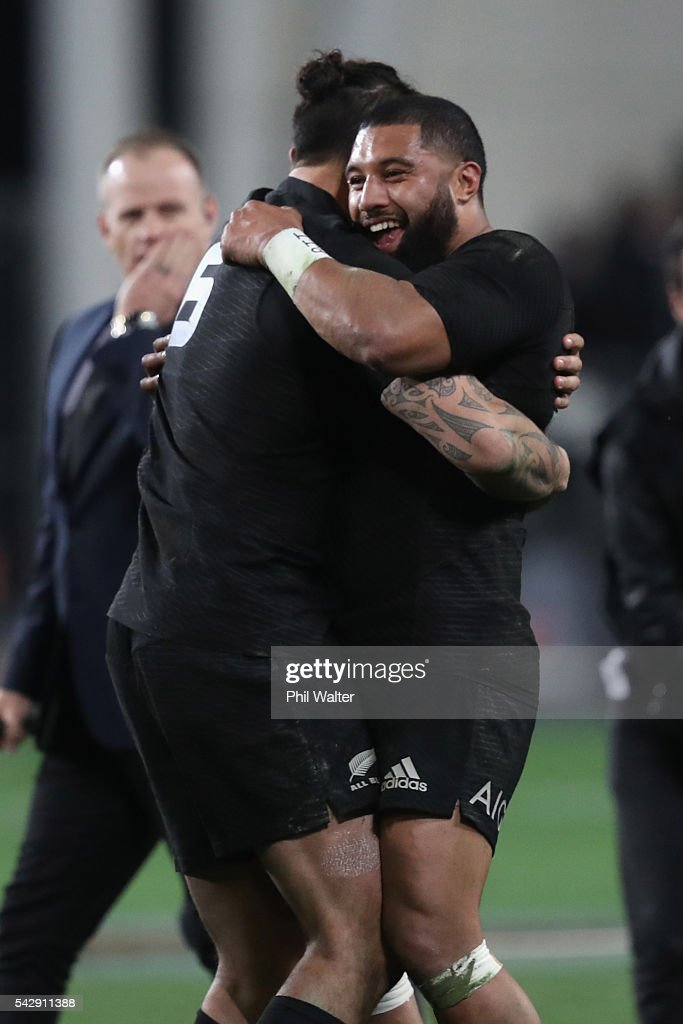 Lima Sopoaga (R) and Elliot Dixon (L) of the All Blacks embrace following the International Test match between the New Zealand All Blacks and Wales at Forsyth Barr Stadium on June 25, 2016 in Dunedin, New Zealand.