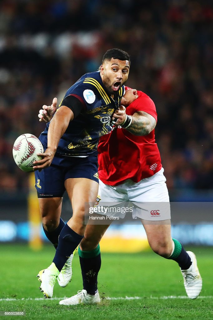 Lima Sopoaga of the Highlanders offloads the ball during the match between the Highlanders and the British & Irish Lions at Forsyth Barr Stadium on June 13, 2017 in Dunedin, New Zealand.