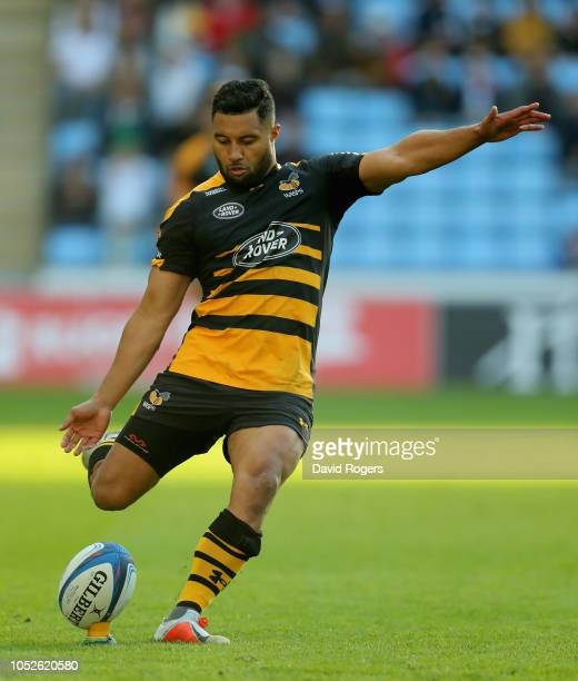 Lima Sopoaga of Wasps kicks a penalty during the Champions Cup match between Wasps and Bath Rugby at Ricoh Arena on October 20 2018 in Coventry...