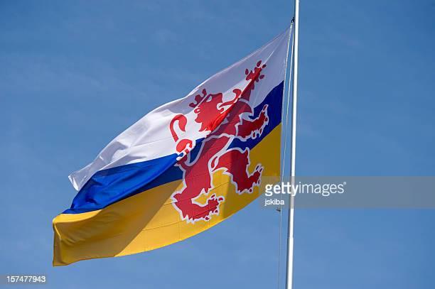 リンブルグオランダの旗 - オランダ リンブルフ州 ストックフォトと画像
