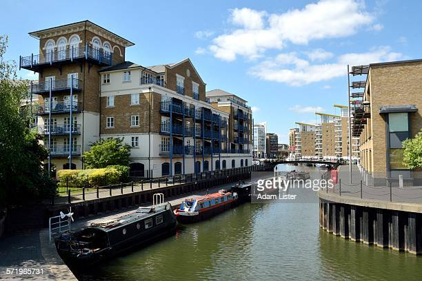 limehouse cut canal - east london stock pictures, royalty-free photos & images