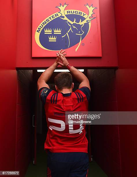 Limerick Ireland 22 October 2016 CJ Stander of Munster wearing the number 24 jersey applauds supporters as he leaves the pitch after the European...