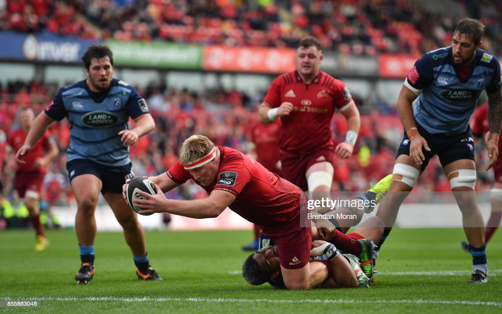 Limerick , Ireland - 30 September 2017; John Ryan of Munster scores his side's second try during the Guinness PRO14 Round 5 match between Munster and Cardiff Blues at Thomond Park in Limerick.