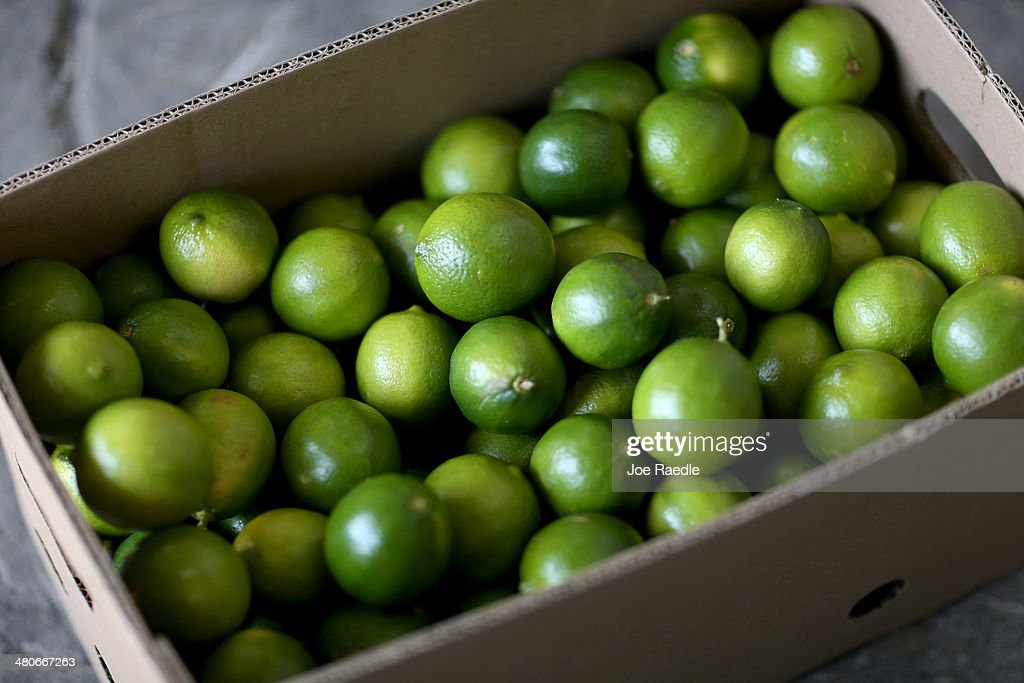 Lime Shortage Causes Drastic Rise In Price : News Photo