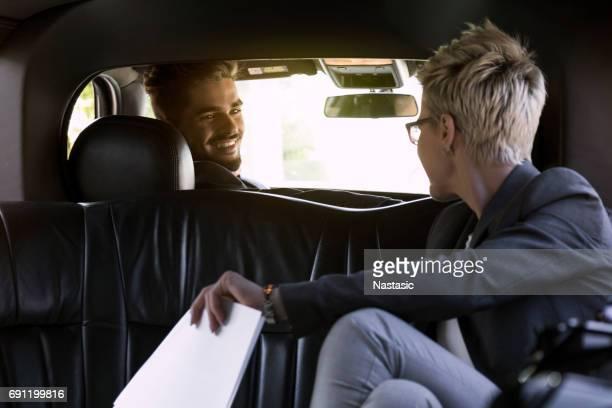 Chauffeur de la limousine