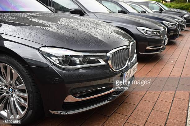 BMW Limousine in einer Reihe