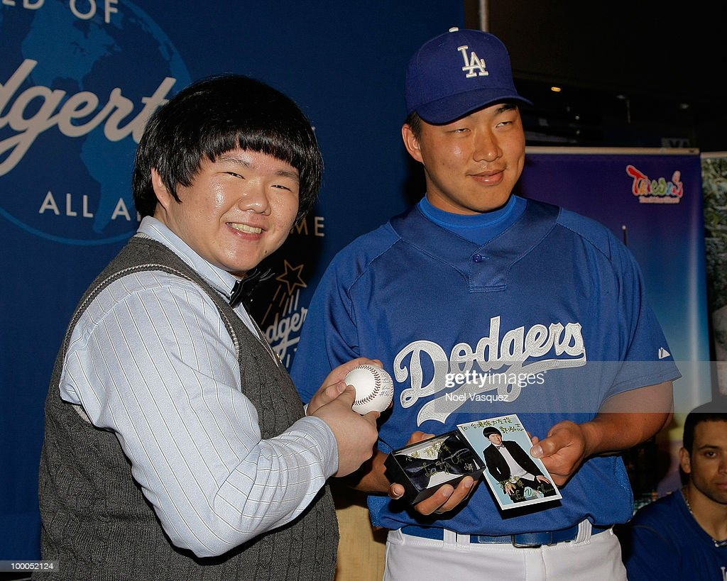 Lin Yu Chun (L) and Hong-Chih Kuo attend the Los Angeles Dodger's news conference announcing partnership with Taiwan Tourism Board on May 20, 2010 in Los Angeles, California.