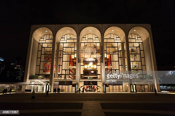 lincoln center - met art gallery photos et images de collection