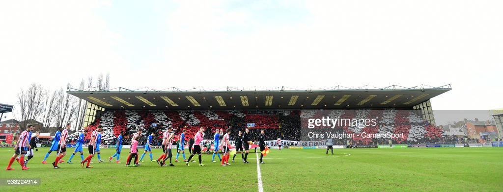 Lincoln City v Grimsby Town - Sky Bet League Two : News Photo