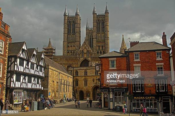 Lincoln is a city of Lincolnshire, England and it developed from the Roman town of Lindum Colonia. Lincoln's major landmarks are the Cathedral, a...
