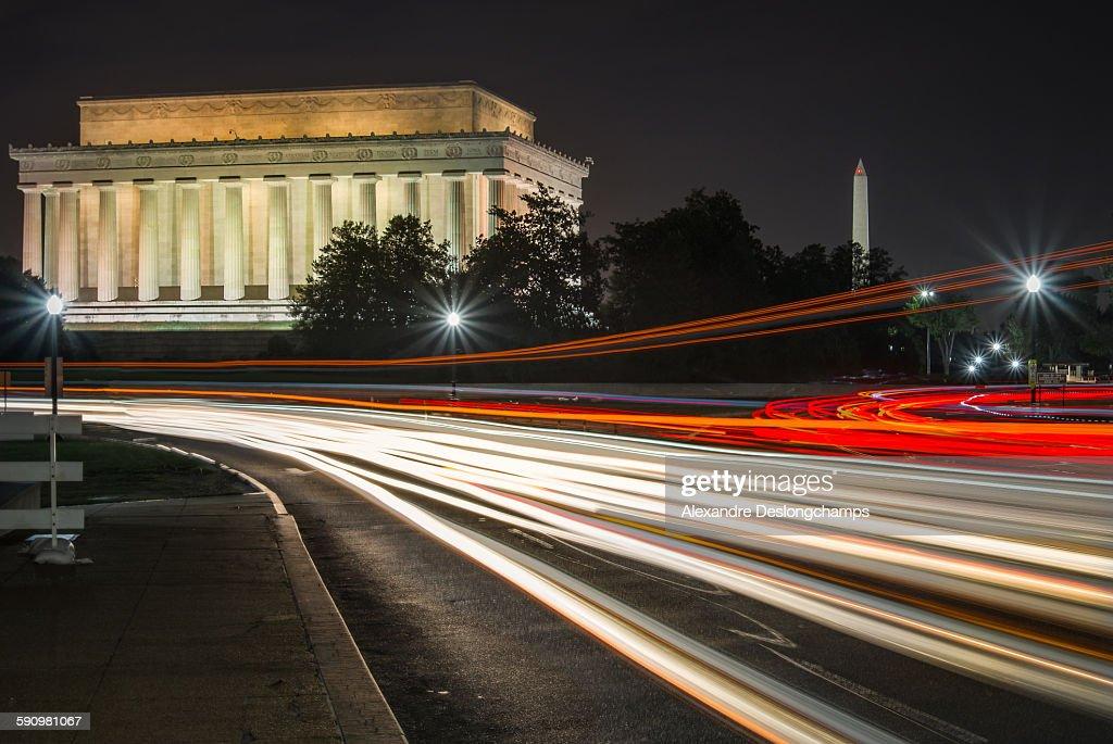 Lincoln memorial and Washington monument at night : Stock Photo