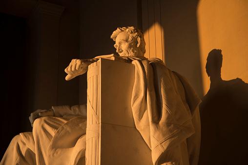 Lincoln Memorial at sunrise 506131180
