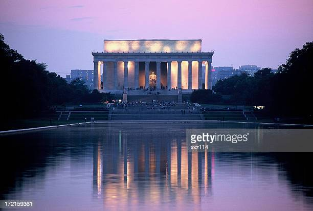 lincoln memorial at washington dc - reflecting pool stock pictures, royalty-free photos & images