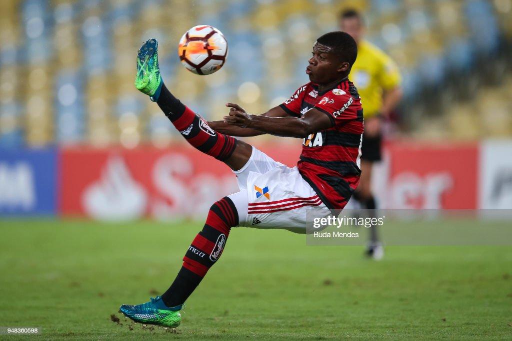 Flamengo v Santa Fe - Copa CONMEBOL Libertadores 2018 : News Photo