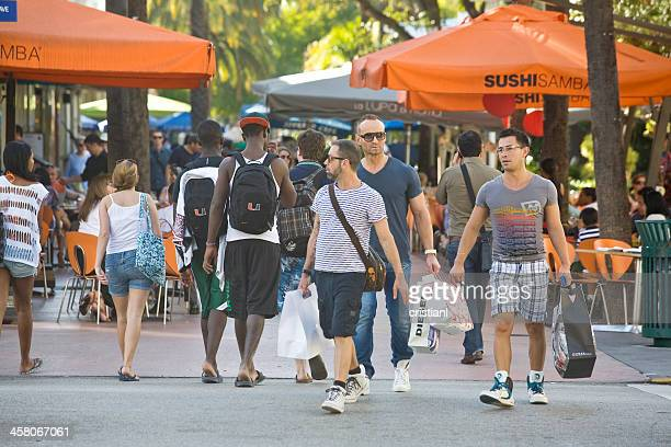 lincoln road - lincoln road stock pictures, royalty-free photos & images
