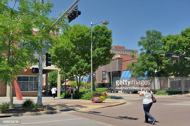 lincoln street scene - lincoln nebraska stock pictures, royalty-free photos & images