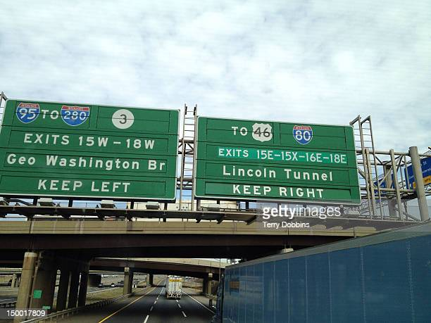 lincoln tunnel sign - lincoln tunnel stock photos and pictures