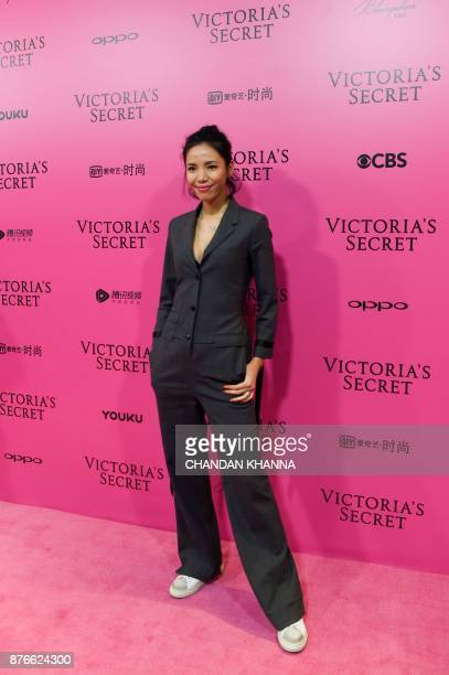 Linda arrives on the Pink Carpet ahead of the start of the 2017 Victoria's Secret Fashion Show in Shanghai on November 20 2017 / AFP PHOTO / Chandan...