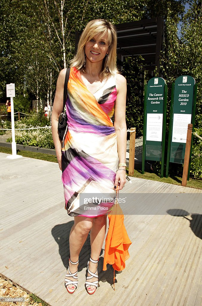 Linda Barker attends the Press & VIP preview at The Chelsea Flower Show at Royal Hospital Chelsea on May 24, 2010 in London, England.