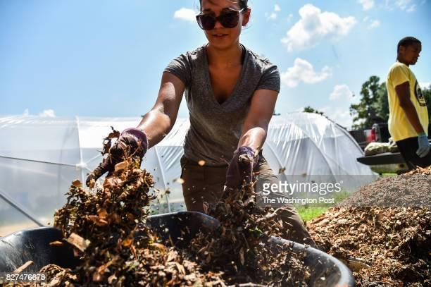 Linda Bilsens Brolis center project manger at Institute for Local SelfReliance process food waste material to create compost at Howard University...