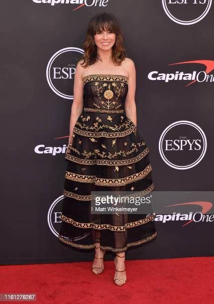 Linda Cardellini attends The 2019 ESPYs at Microsoft Theater on July 10, 2019 in Los Angeles, California.