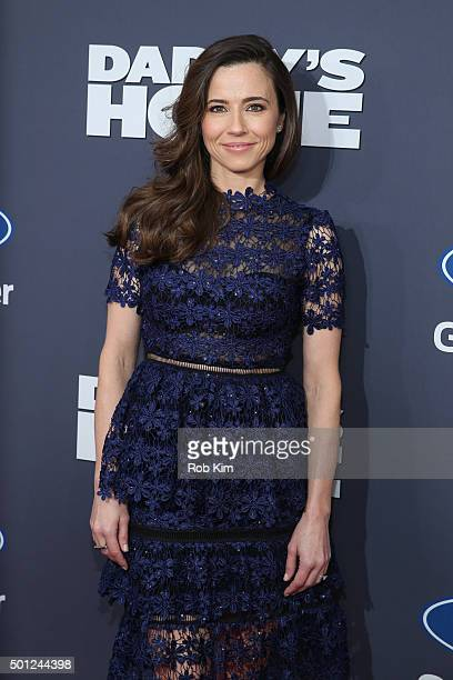 Linda Cardellini attends the New York Premiere of Daddy's Home at AMC Lincoln Square Theater on December 13 2015 in New York City