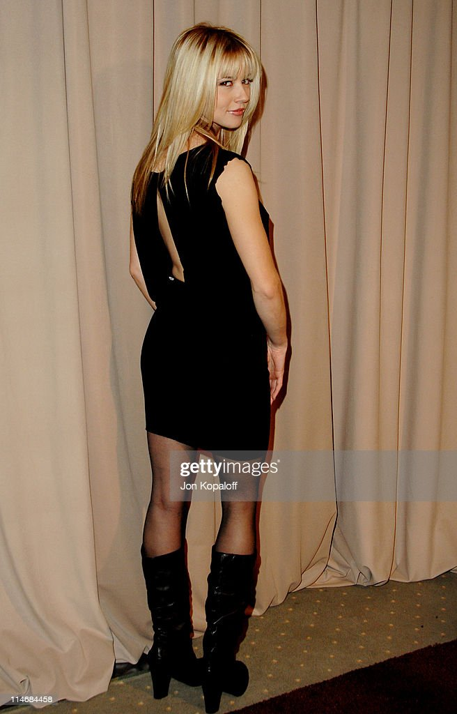 6th Annual Awards Season Diamond Fashion Show Preview Hosted by Diamond Information Center and In Style : News Photo