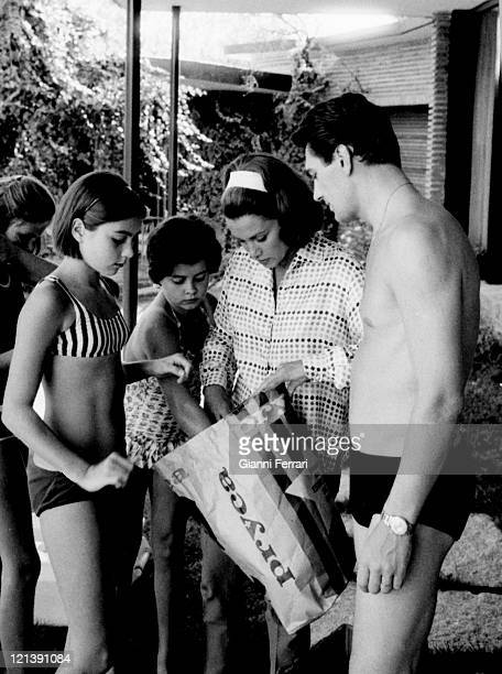 Linda Christian at her villa of 'La Moraleja' with her daughters Romina Taryn and Edmund Purdom 12th August 1964 Madrid Spain