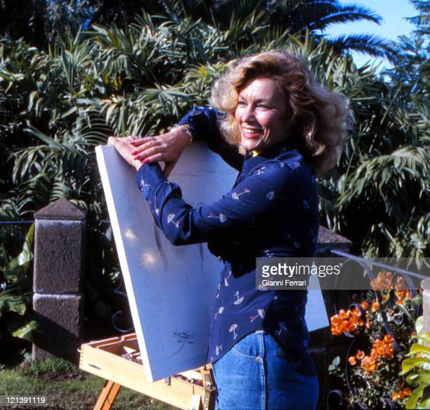 Linda Christian painting in Marbella 11th August 1977 Malaga Spain