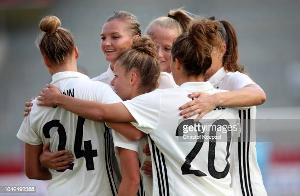 Linda Dallmann of Germany celebrates the second goal with her team mates during the International friendly match between Germany Women and Austria...