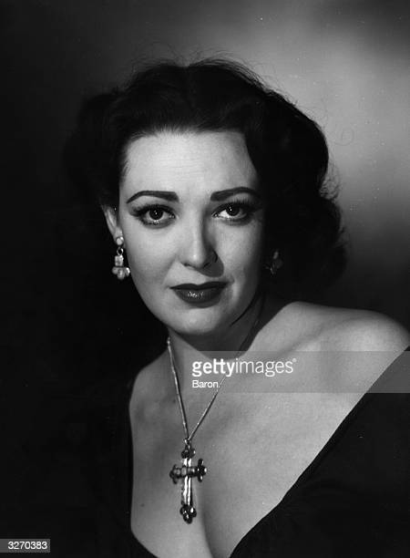 Linda Darnell the screen name of Monetta Eloisa Darnell the American leading lady She died tragically in a fire