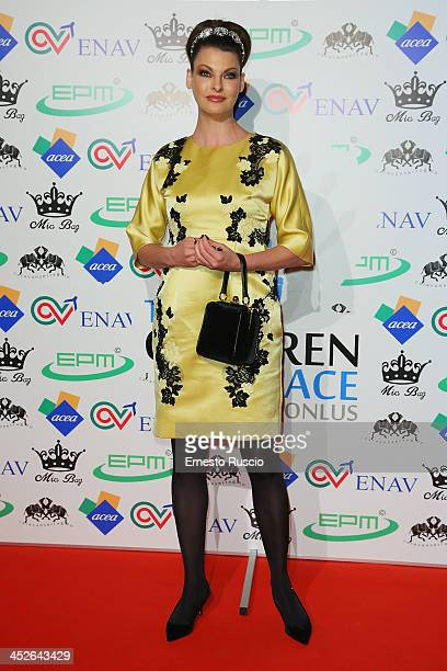 Linda Evangelista attends The Children For Peace Benefit Gala at Spazio 900 on November 30, 2013 in Rome, Italy.