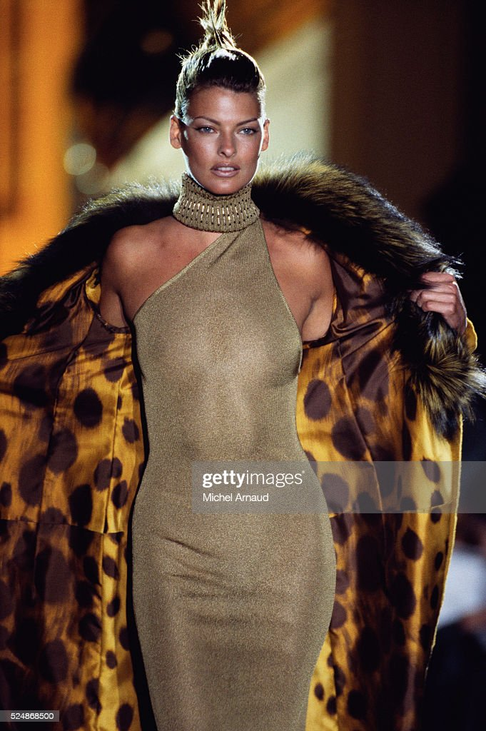 Linda Evangelista Modeling Versace Evening Gown Pictures | Getty Images
