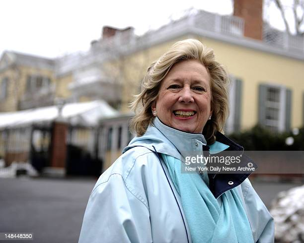 Linda Fairstein author and former prosecutor focusing on crimes of violence against women and children She served as head of the sex crimes unit of...