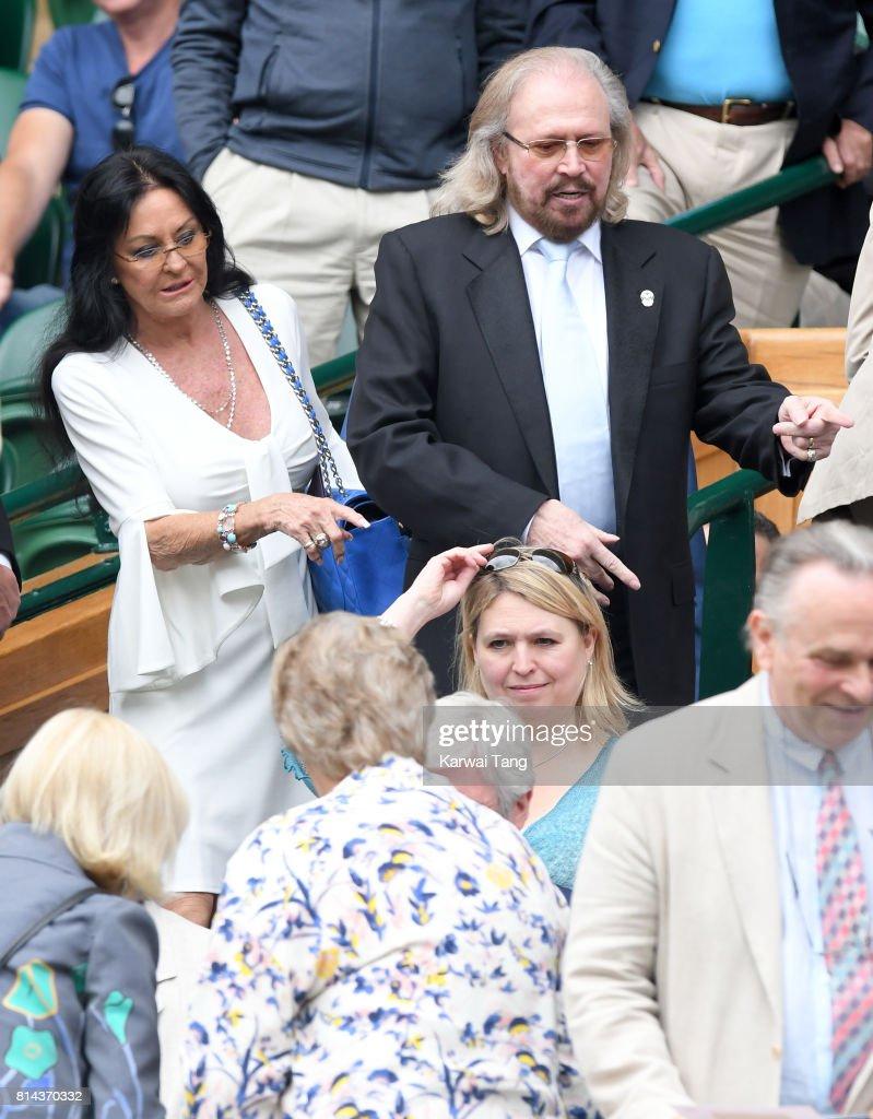 Celebrities Attend Wimbledon : ニュース写真