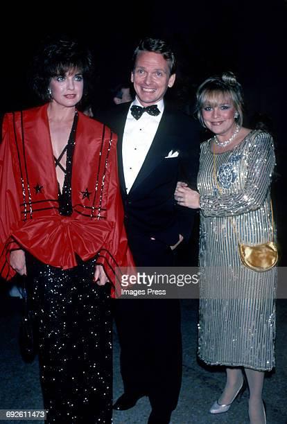 Linda Gray fashion designer Bob Mackie and Vanidades journalist Mari R Ichaso circa 1983 in New York City