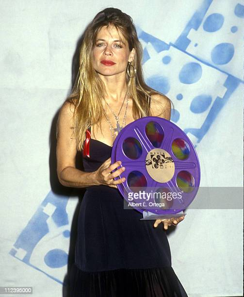 Linda Hamilton winner Best Female Performance and Most Desirable Female 'T2'