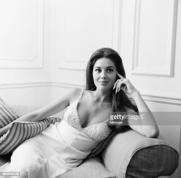 Linda Harrison american actress in the UK to attend the Royal Film Performance of The Prime of Miss Jean Brodie pictured at hotel in London Saturday...