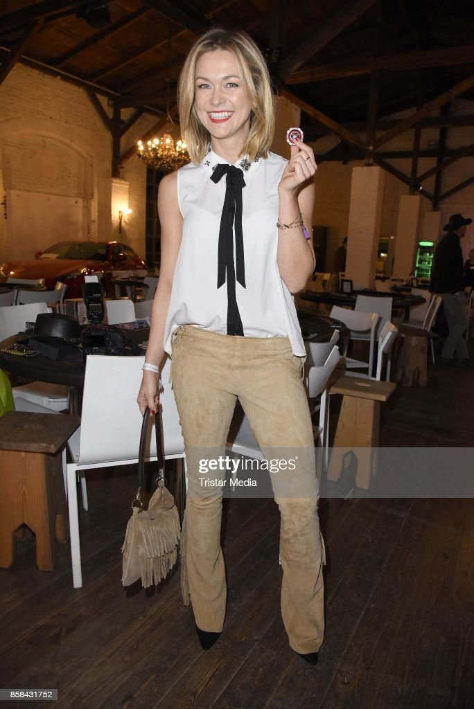Linda Hesse attends the 'CMS Gamblers Night - Western Style' of Christoph Metzelder Foundation on October 6, 2017 in Berlin, Germany.